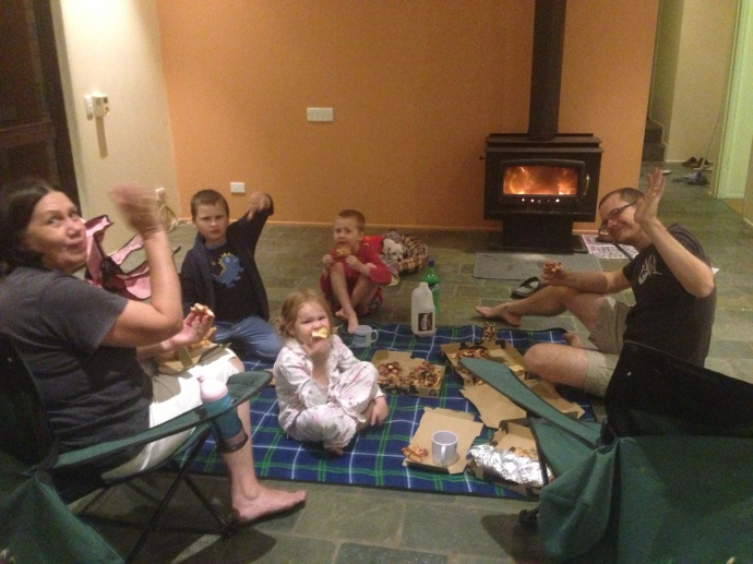 We enjoyed the last moments with our fireplace - pizza picnic on the last night in our house - we spent our first night in our house this same way five years ago!